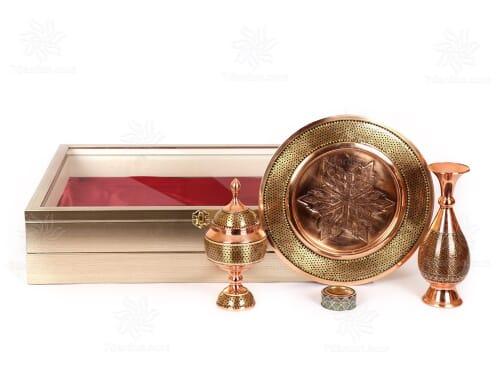 خرید هدایای خاص ایرانی شامل گلدان بشقاب و شکلات خوری خاتم کاری همراه زعفران اعلاء در جعبه شکیل PVC دکوراتیو